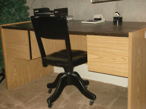 Desk with black arborite top and 2 drawers