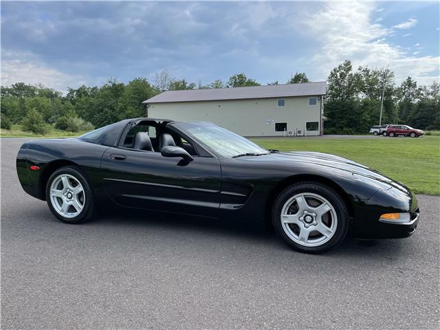 1999 Black Chevrolet Corvette Coupe  | C5 Corvette Photo 2
