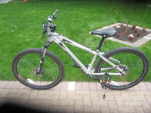 Men Rocky Mountain Bike