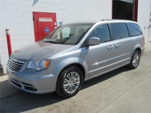 2015 Chrysler Town & Country Touring ~ 102,000kms ~ $16,880
