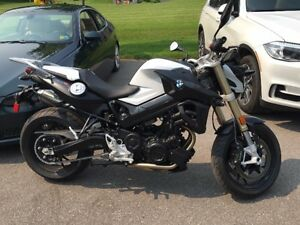 2015 BMW F800 ROADSTER - LOW KMS - $11,500.00 or Best Offer