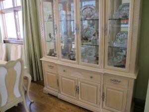 Bernhardt Hutch / Buffet Display Cabinet