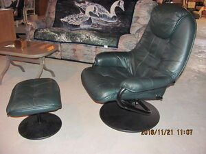 Two recliners with ottomans Peterborough Peterborough Area image 2