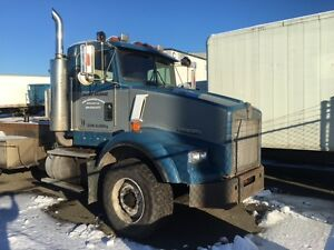 1995 Kenworth Roll-off Truck