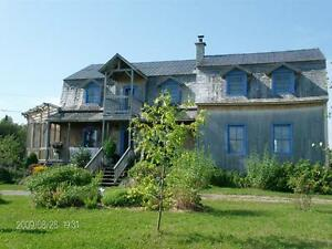 Maison - à vendre - Saint-Hubert-de-Rivière-du-Loup - 24457635