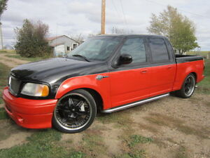 2001 Ford F-150 SuperCrew Harley-Davidson Pickup Truck
