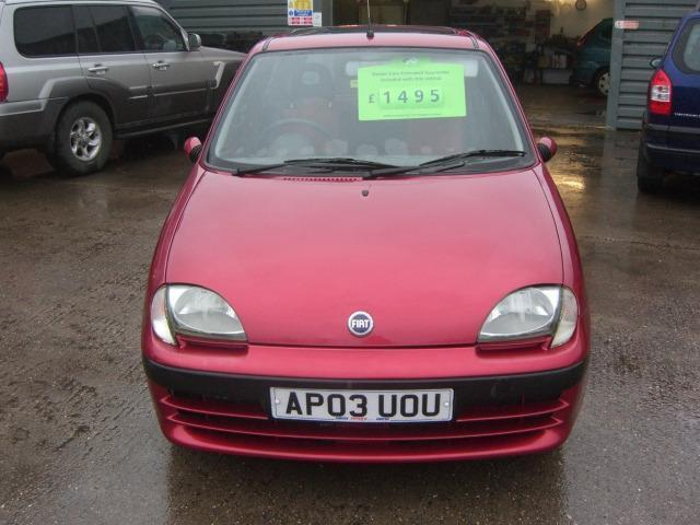 Fiat Seicento Active Sport 2003 Petrol Manual In Red In border=