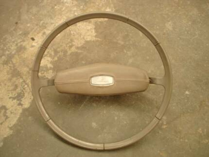 FORD FALCON XT (1968/69) STEERING WHEEL + HORN PAD