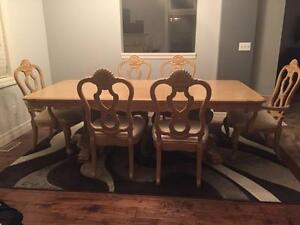 Dining Table c/w 6 chairs Kitchener / Waterloo Kitchener Area image 1