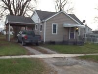 2 Bedroom Home in Wallaceburg Available September or October