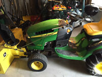John Deere L140 Ride on