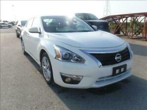 2014 Nissan Altima SL 3.5 fully loaded including leather.