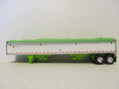 DCP 1/64 SCALE WILSON GRAIN TRAILER (HOPPER BOTTOM)  WHITE /LIME GREEN BOTTOM 1