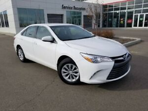 2017 Toyota Camry LE Backup Cam, Bluetooth, Keyless Entry