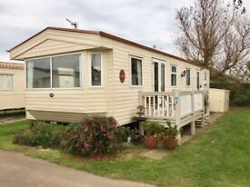 WINTER SPEC CARAVAN WITH DECK BY THE NORFOLK COAST, GT YARMOUTH NOT ESSEX OR SKEGNESS, OR HAVEN