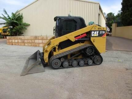 SKID STEER CAT 277D TRACK MACHINE