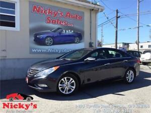 2013 Hyundai Sonata LIMITED, AUTO, LEATHER & SUNROOF, LOADED!