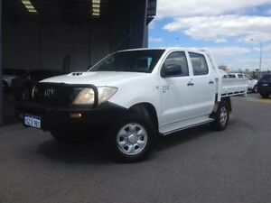 2011 Toyota Hilux KUN26R MY11 Upgrade SR (4x4) Glacier White 5 Speed Manual Dual Cab Chassis Beckenham Gosnells Area Preview