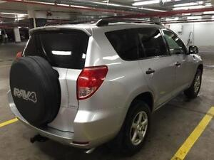 2006 TOYOTA RAV4 AUTOMATIQUE CLIMATISEE 4 CYLINDRES PROPRE