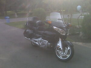 2007 Honda Goldwing  GL 1800A - Black Metallic for sale by owner