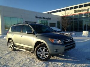 2007 Toyota RAV4 Limited 4WD 7 Seater, Sunroof, Dual-Zone Climat