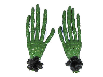 Scary Halloween Clips (Hairy Scary Green Skeleton Halloween Hades Hands w Black Hair Clip)