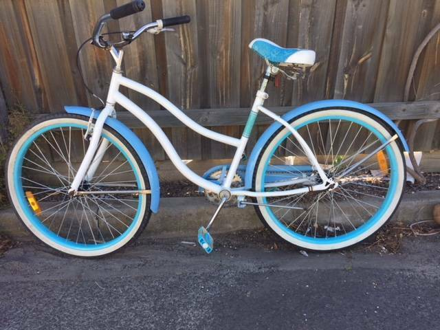 Mens or womens cruiser bike - Refurbished.
