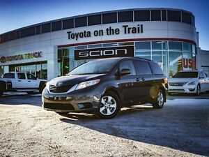 2013 Toyota Sienna LE, 8 Passenger, Power Sliding Doors, Back Up