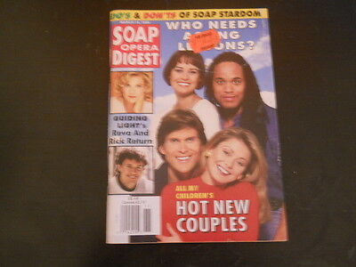 Kelly Ripa  Grant Aleksander  Phyliss Diller  Soap Opera Digest Magazine 1995