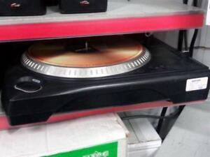Numark Dj Turntable. We Buy and Sell Used Pro Audio Equipment. 2037 CH703404