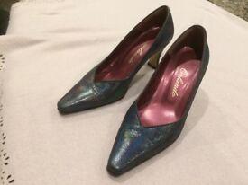 Ladies High Heel Shoes, size 37 (3.5UK).