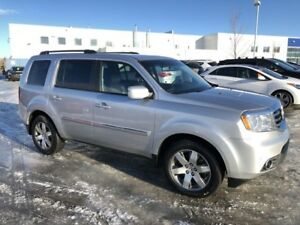 2014 Honda Pilot Touring- Leather, DVD, Navigation, Sunroof