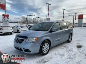 2013 Chrysler Town & Country Touring- 7 Passenger!