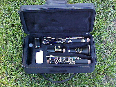 NEW Bb 2017 INTERMEDIATE WOOD FINISH CONCERT BAND CLARINET WITH YAMAHA PADS