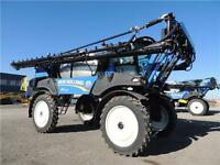 2014 New Holland SP.333F Guardian Front Boom Sprayer