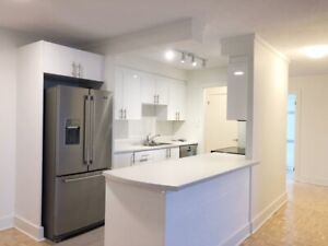 NEWLY RENO'D 1 BEDROOM - 1 Oak Street AVAIL April!