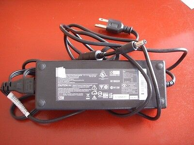 Sager W230ss notebook computer power adapter power supply ac power brick