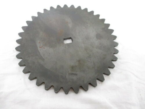 Eaton Oil Pump Drive Gear (111448 / 588273C1)