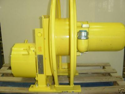 AERO-MOTIVE ELECTRIC CABLE REEL 600 V MAX REEL DIA 24""