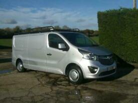 LONG WHEEL BASE, AIR CON E/W 83,000 MILES 2 OWNERS F/S/H