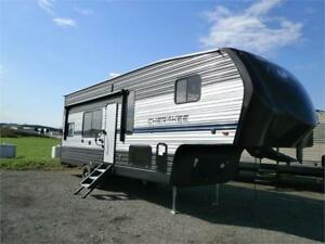 2019 FOREST RIVER CHEROKEE 255 RR 5TH WHEEL TOY HAULER! $33495!