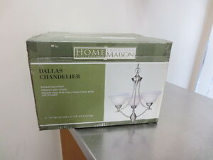 "Home Collections ""Dallas"" Chandelier"