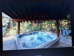 4 Bedroom 2 Bathroom house, Furnished, Private Hot Tub