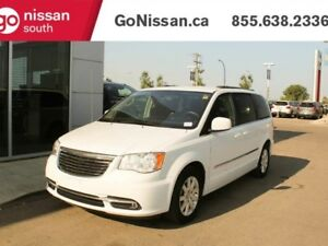2014 Chrysler Town & Country TOUR