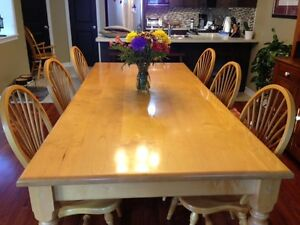 MUNRO Maple - Solid Top Harvest Table and 8 Wheatsheaf Chairs