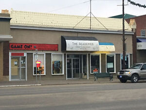$1 SQFT Main St Moose Jaw! Commercial Retail Space for Rent