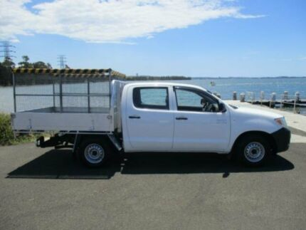 2006 Toyota Hilux TGN16R 06 Upgrade Workmate White 5 Speed Manual Dual Cab Pick-up Dapto Wollongong Area Preview