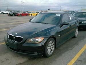 2006 BMW 325i *LEATHER,SUNROOF,LOADED,LOW KMS!!!*