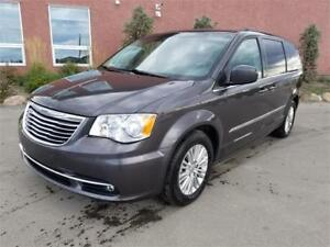 2015 Chrysler Town & Country Touring Leather + Remote Start