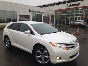 2016 Toyota Venza LE V6 4dr All-wheel Drive - Only 29K, Bluetoot